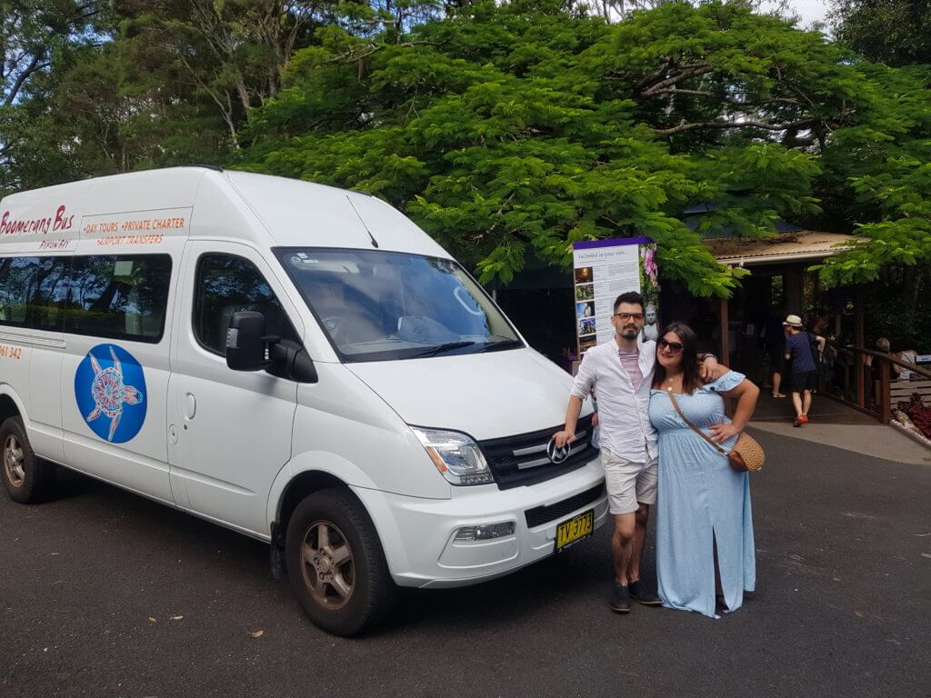 Couple Tours Boomerang Bus Byron Bay